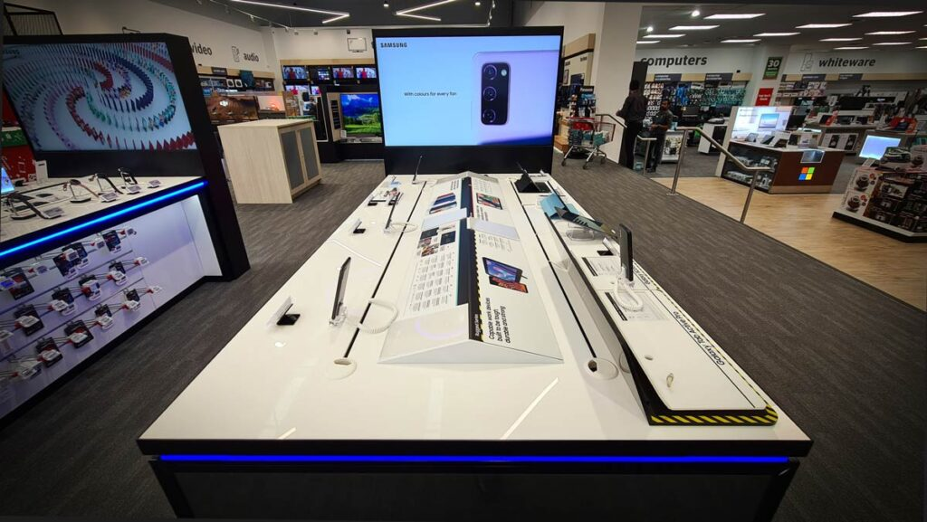 Three-Sixty-Retail-Fixtures-Samsung-Smart-table-1-Web